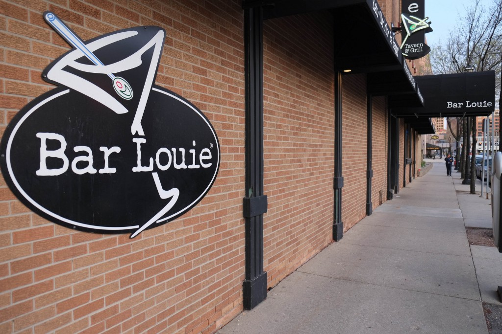 Bar Louie | © Paul Sableman / Flickr