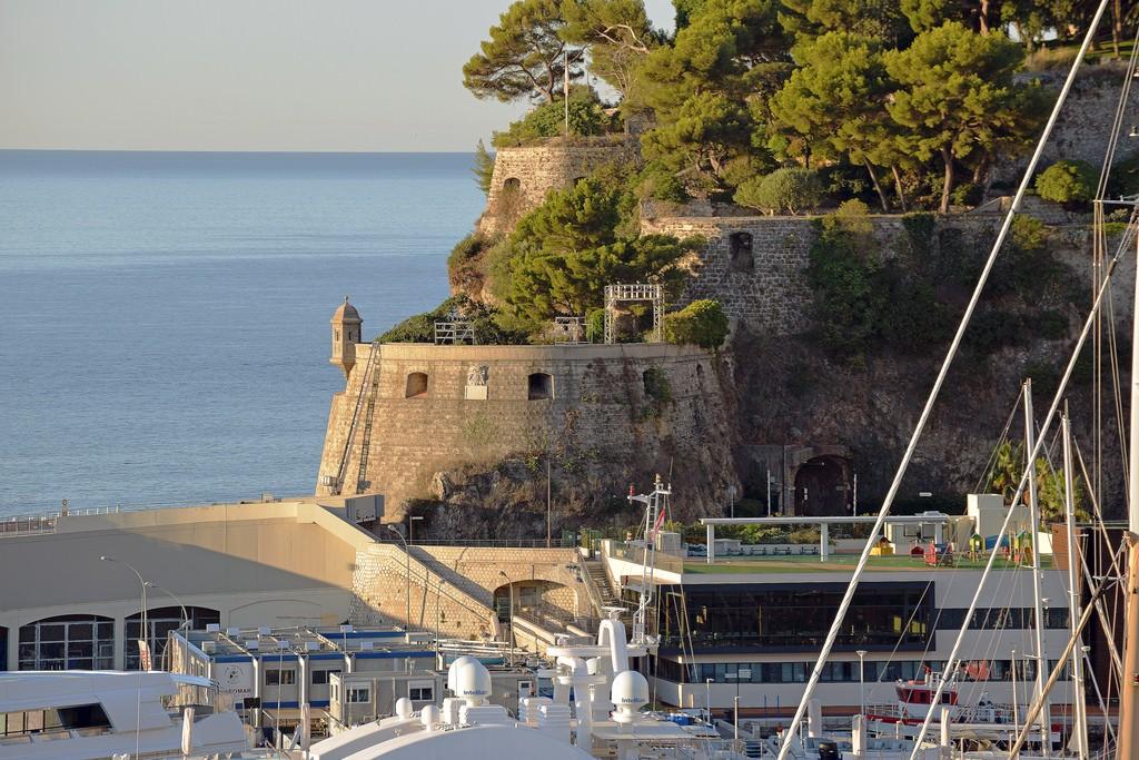 Fort Antoine | © Harvey Barrison / Flickr
