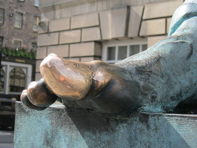 Toe Of David Hume Statue | © Richard Webb / Geograph