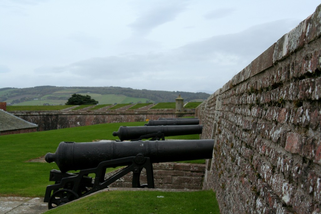 Cannon at Fort George | © Sem Shnaider/Flickr