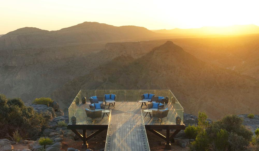 Atelier pod designs the highest five star resort in the for Designhotel oman