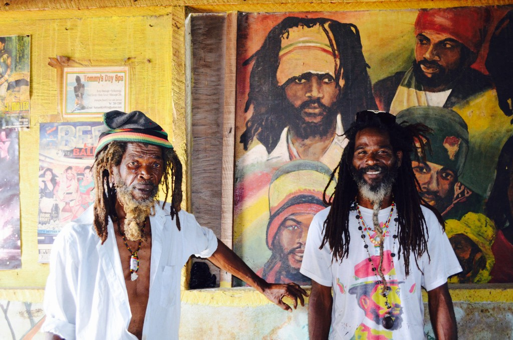 Two Rastafarians | © CaribbeanCables/Flickr
