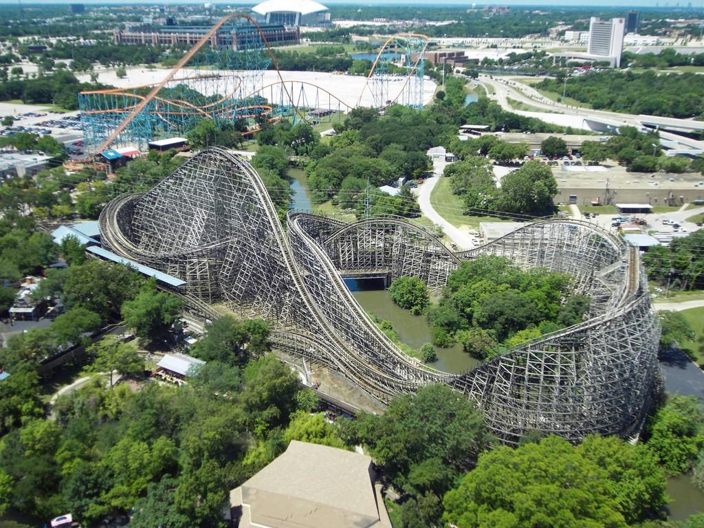 Six Flags Over Texas © Clintus / Flickr