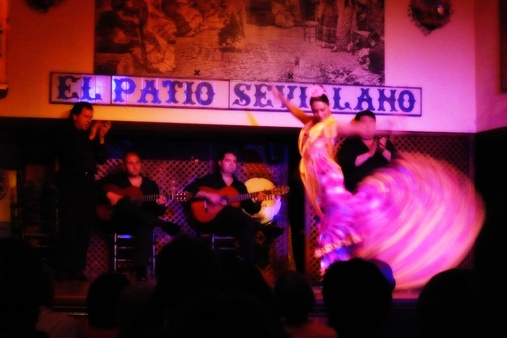 Some of the greatest flamenco artists have been Sevillano gypsies; Yutaka Fujii, flickr