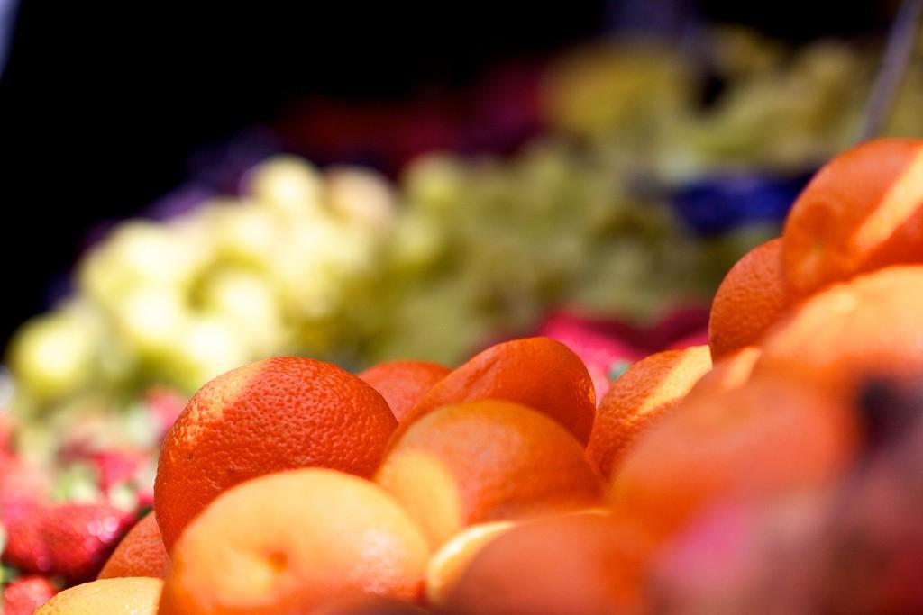 Fruit at the market   © Thomas Waldek / Flickr