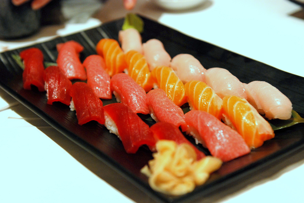 Sushi assortment |©TummyRumble/Flickr