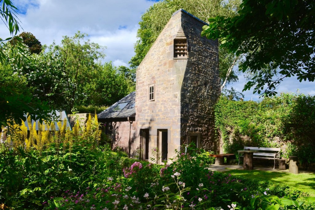 Dovecot Cottage | Courtesy Of Sarah / Flickr