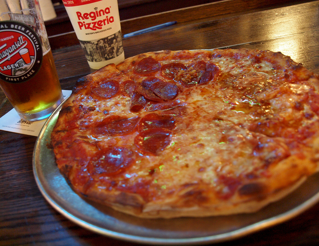 Regina Pizzeria | © Michael Karshis / Flickr