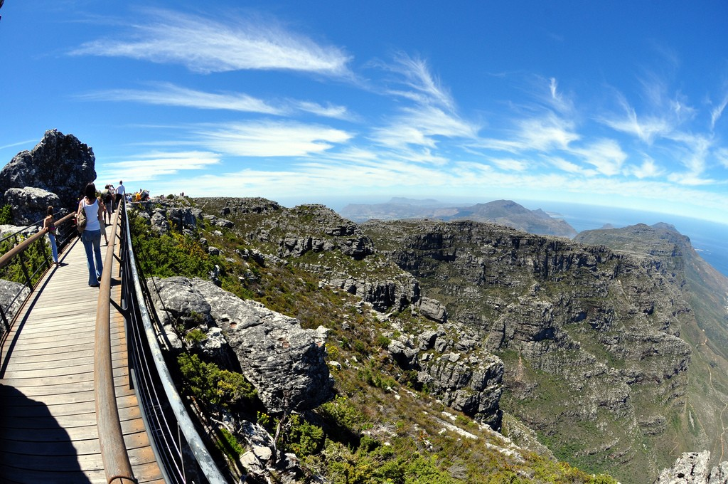 A view over the Table Mountain range © Paul Scott/Flickr