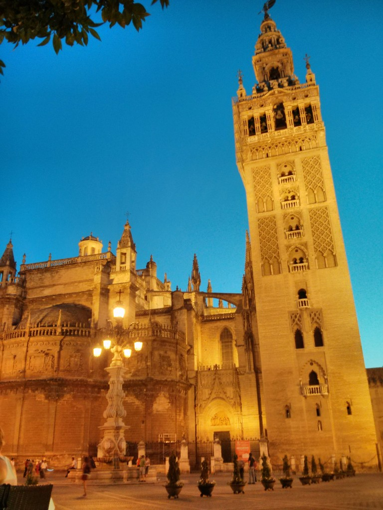Seville cathedral´s famous belltower; Mark Doliner, flickr