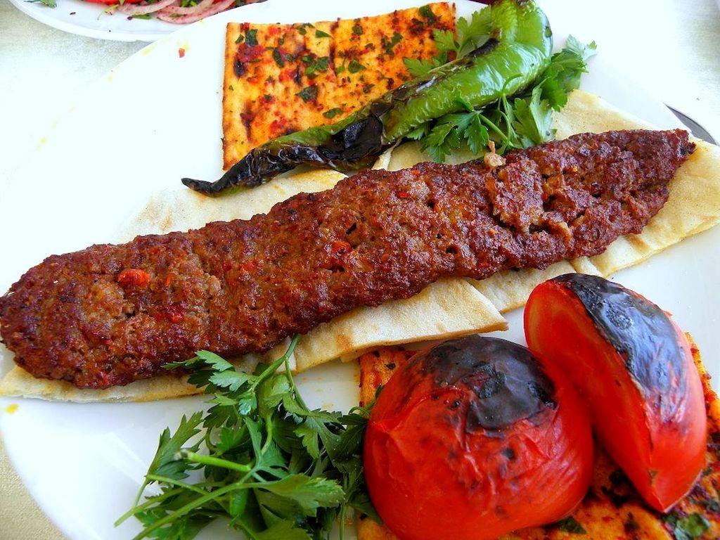 Adana Kebab   © Anatolianpride/Wikimedia Commons