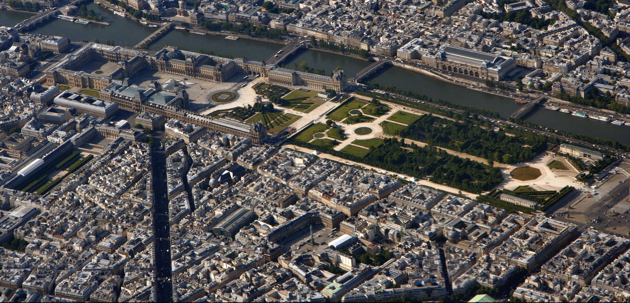 A Walking Tour Of 19th Century Paris In Louvre Tuileries