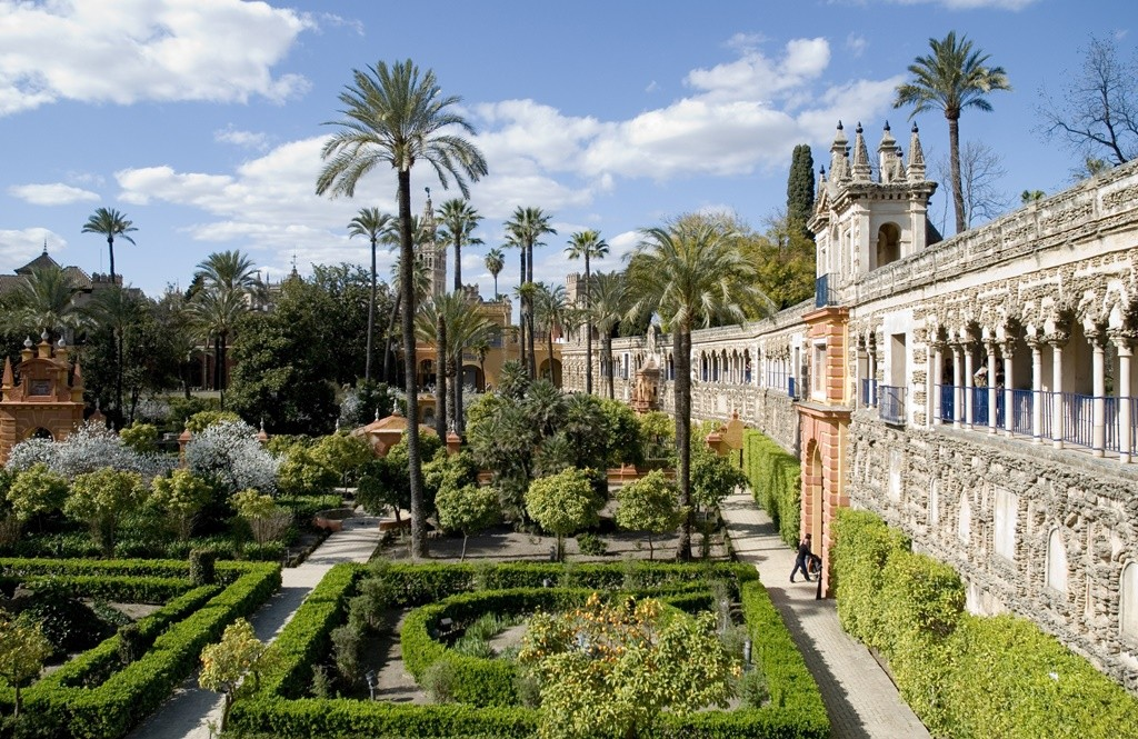 The Real Alcázar gardens in Seville, Spain | © Leticia Ayuso/Flickr