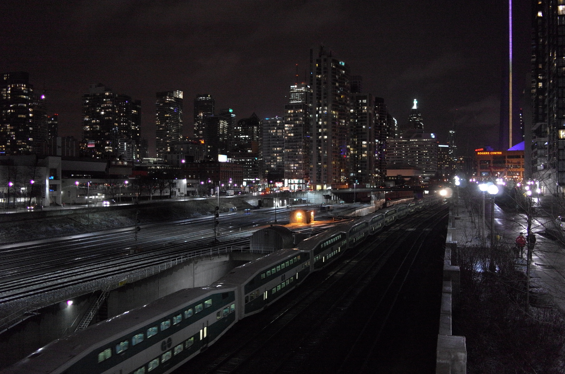 From the Bathurst Street Bridge| © JasonParis/ Flickr