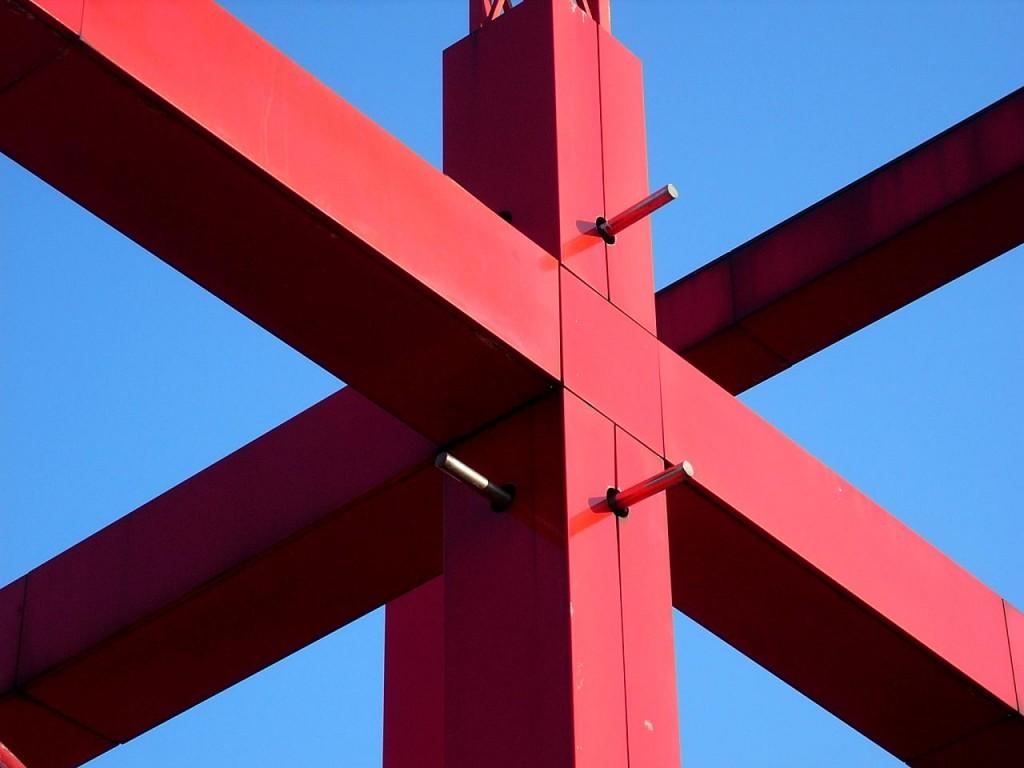 Bernard Tschumi at the Parc de la Villette │© Rory Hyde / Flickr