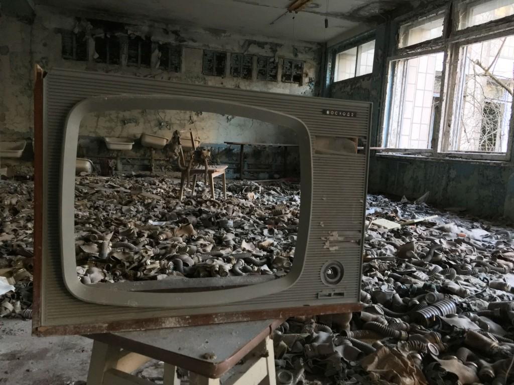 chernobyl essay essay chernobyl essay durdgereport web fc com  inside ukraine s haunting chernobyl exclusion zone sean williams