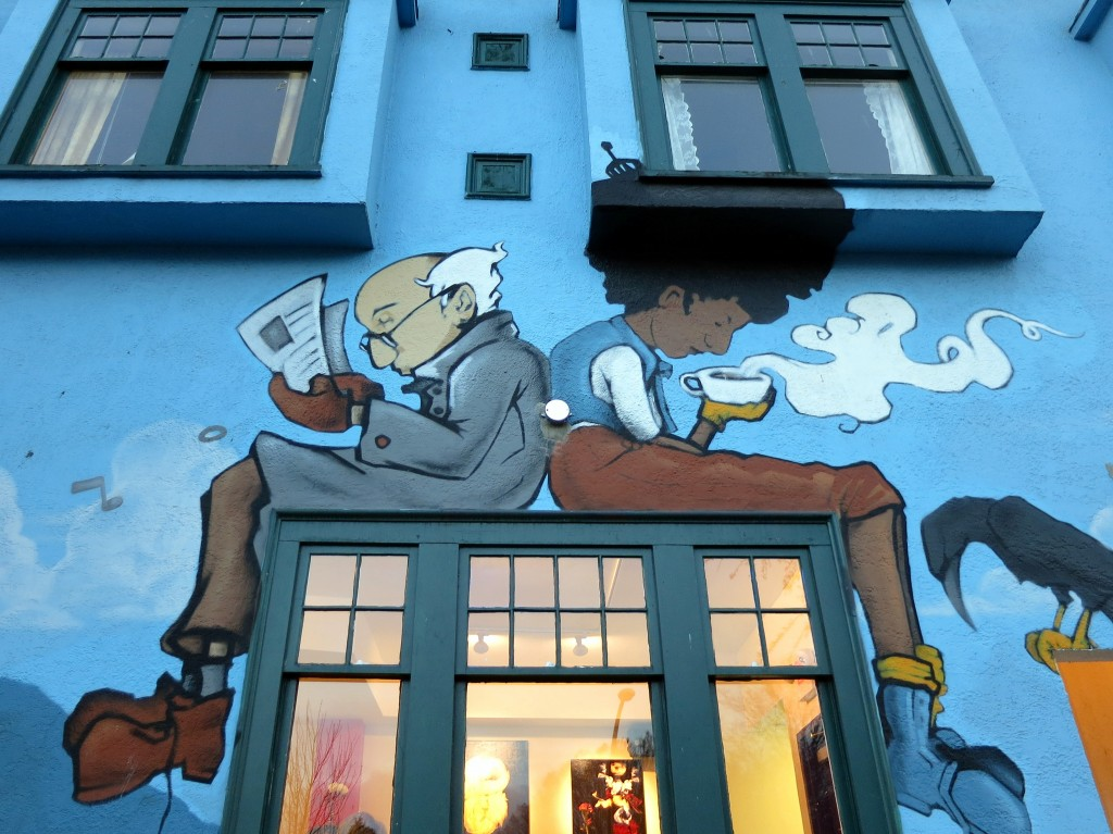 Mural on Commercial Drive| © Ruth Hartnup / Flickr
