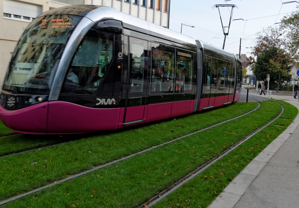 Dijon tram | © François de Dijon / WikiCommons