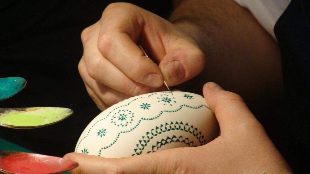 Hand-decorated Easter egg | © Pixabay