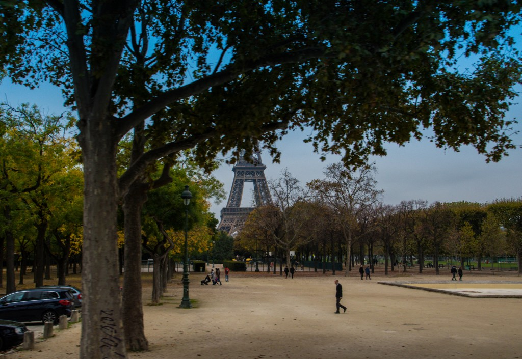 Eiffel Tower, October 29th, 2016 │© Maria Eklind / Flickr