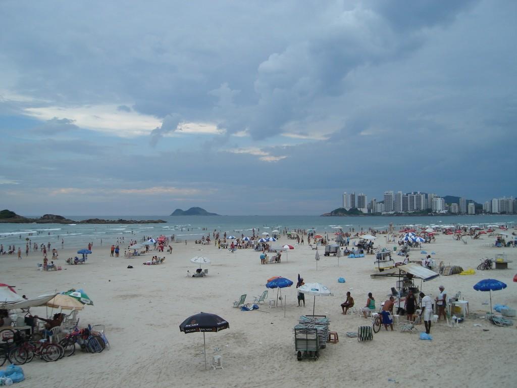 Guaruja Beach São Paulo © Kitty Mamba/Flickr
