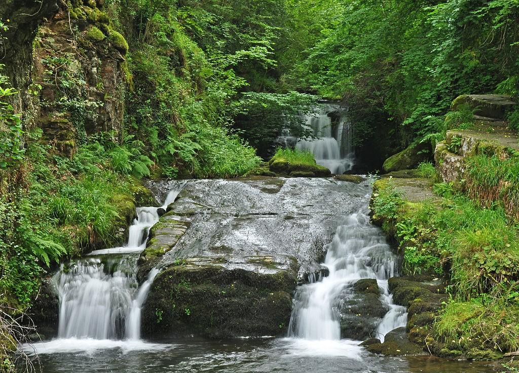 Hoar Oak Water, Watersmeet © Nilfanion / Wikimedia