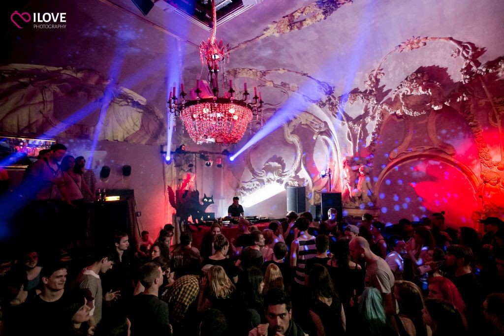 The Best Clubs For Electronic Music In Hamburg