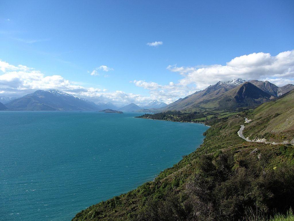 Lake Wakatipu   © Akos Kokai/Wikimedia Commons