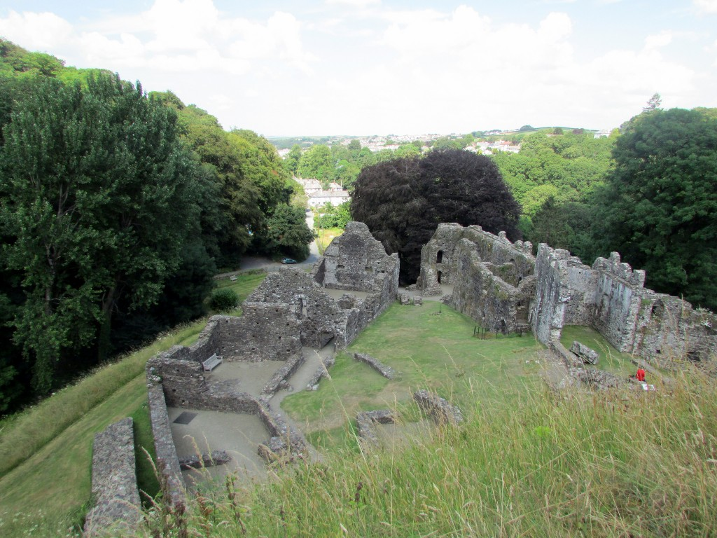 Okehampton Castle © James Bastin / Flickr
