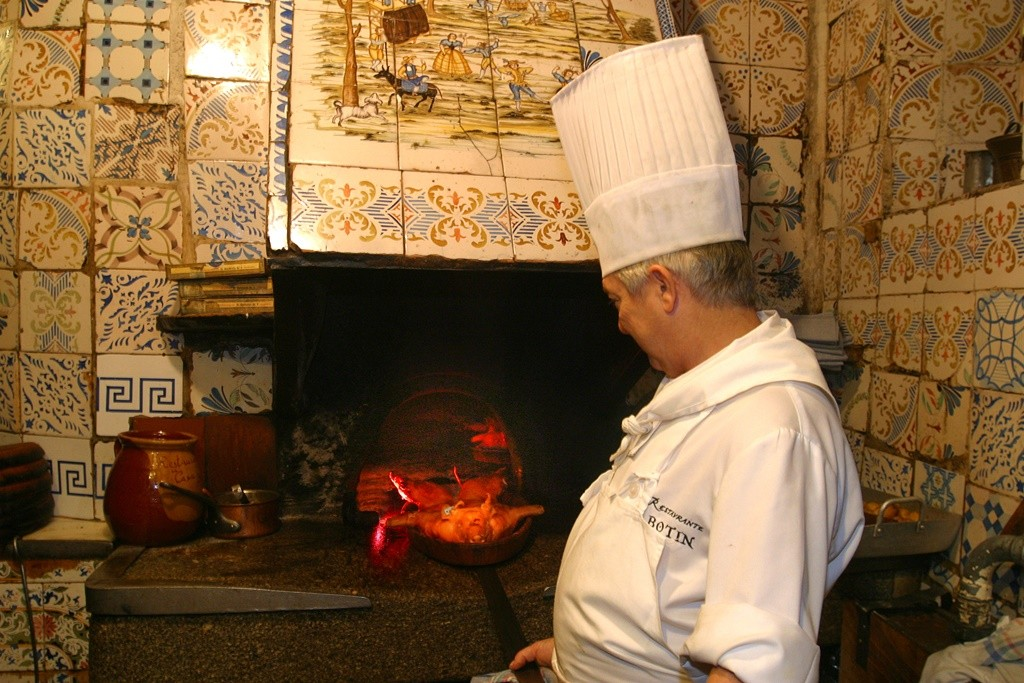 The famous wood-firing oven | © Botín