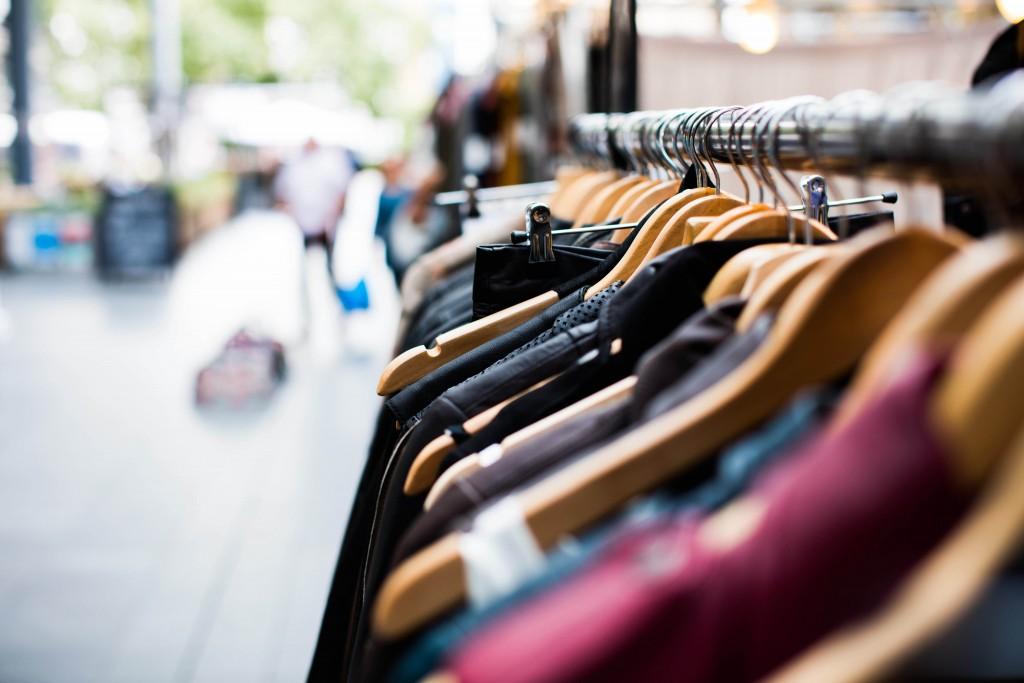 Clothes | © Artificial Clothes / unsplash