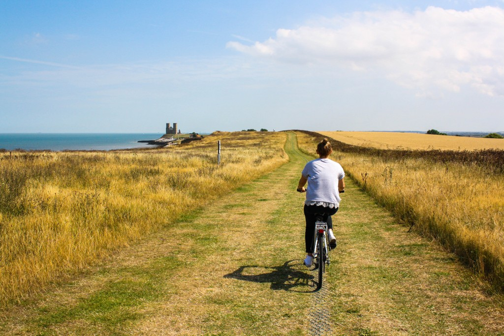 Biking | © Barrel On / Unsplash