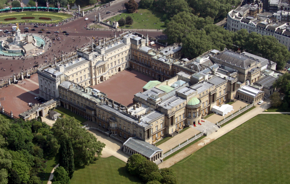 11 Things We Bet You Didn 39 T Know About Buckingham Palace
