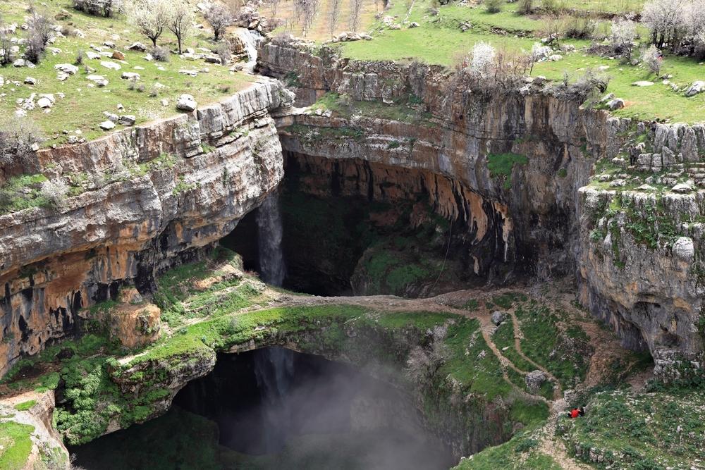 Baatara Gorge Waterfall, Tannourine © diak / Shutterstock