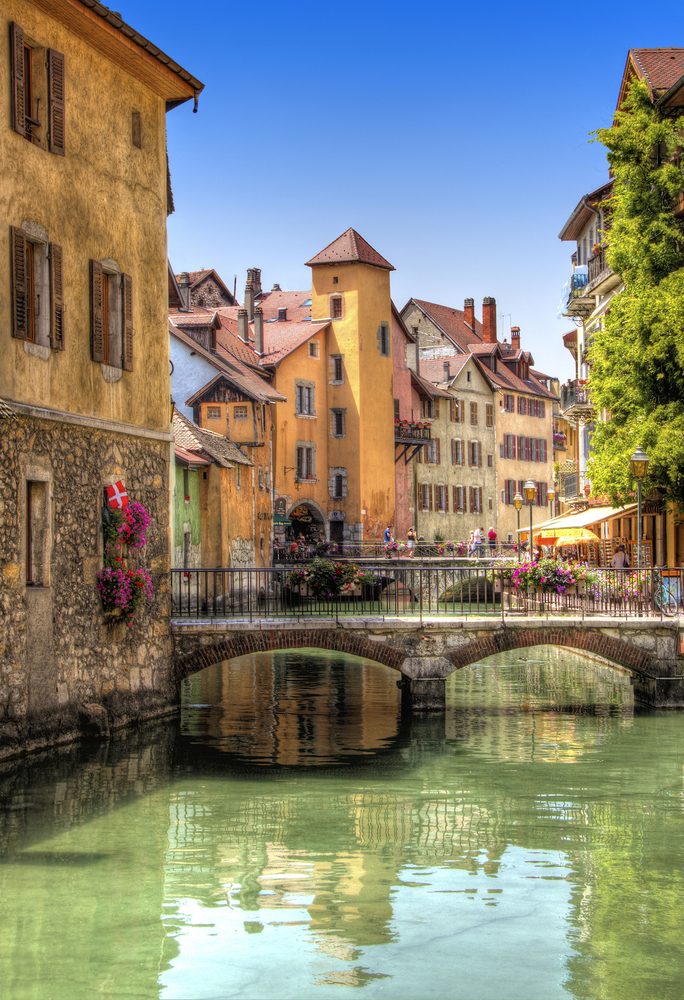 The best european destinations to visit this spring for Home salon annecy