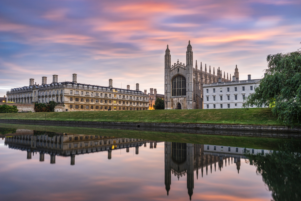 a walk around cambridge  england in 15 perfect instagrams