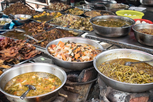 Street food is a popular mealtime option for the majority of Cambodians © LivingSync/ Shutterstock