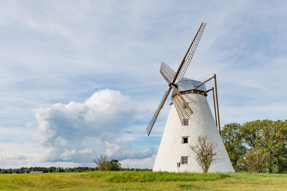 Windmill in Lahemaa| ©UrmasHaljaste/Shutterstock