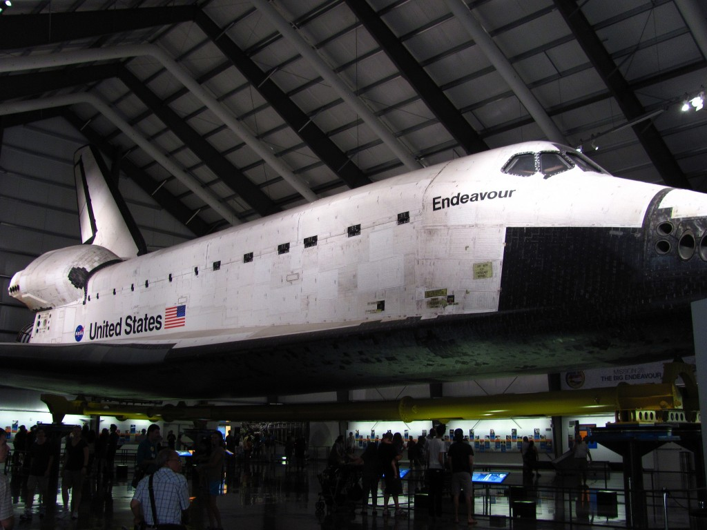 The Space Shuttle Endeavour at the California Science Center|© Jeremy Thompson / Flickr