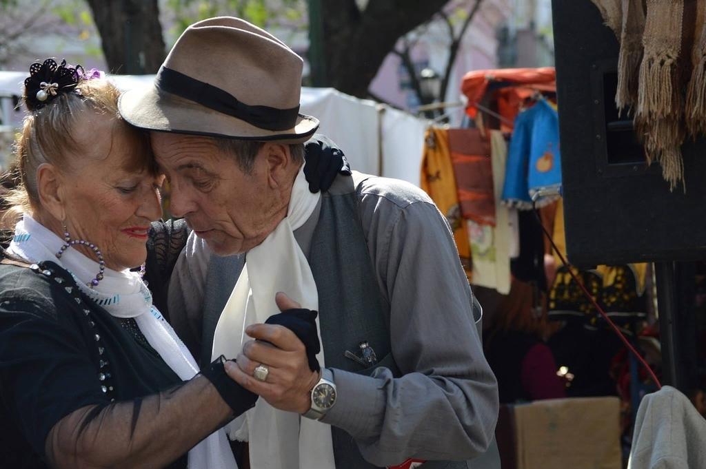 Locals in Argentina | pixabay