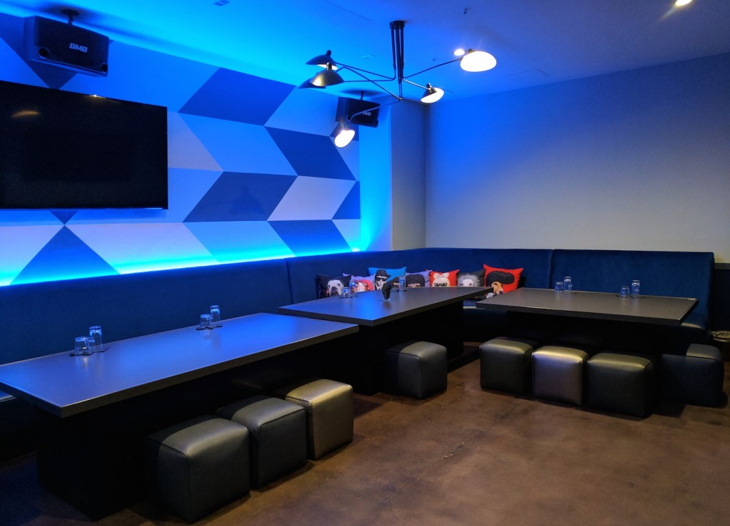 The best karaoke bars in los angeles for Karaoke room design ideas