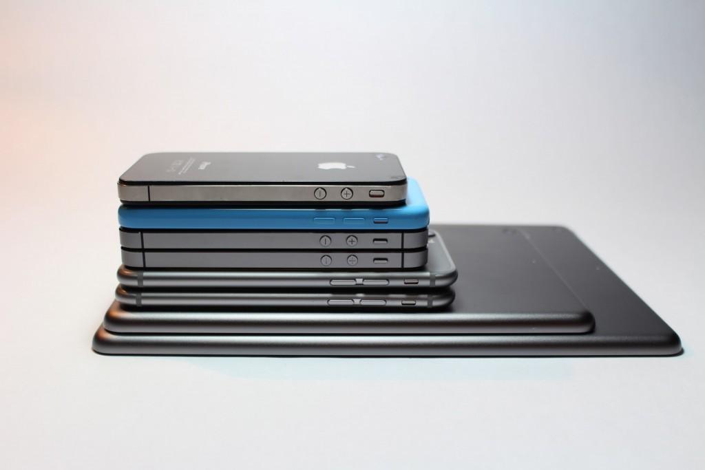 Too much tech | © Gabriel Freytez / Pexels