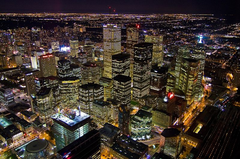 View from the CN Tower at night | © Agunther/ WikiCommons