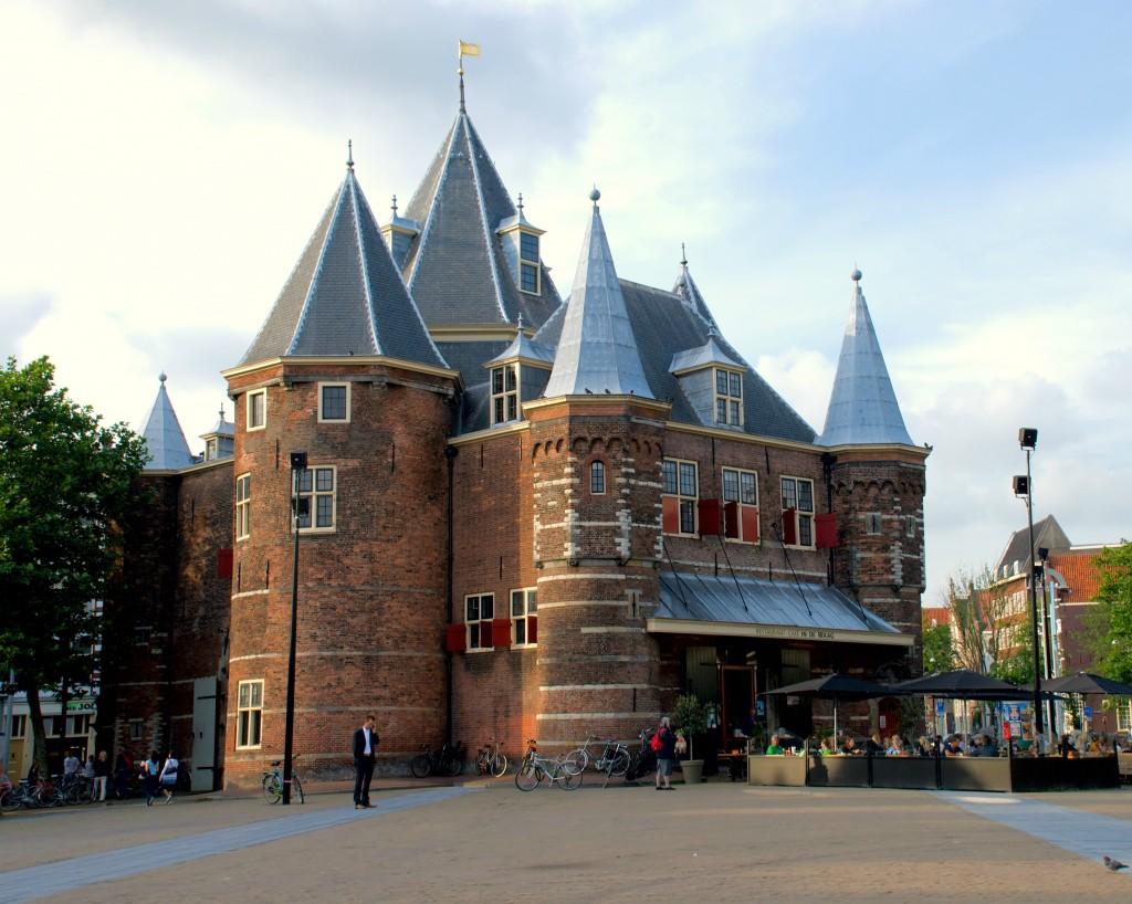 De Waag on Nieuwmarkt | © Kmhofmann / WikiCommons