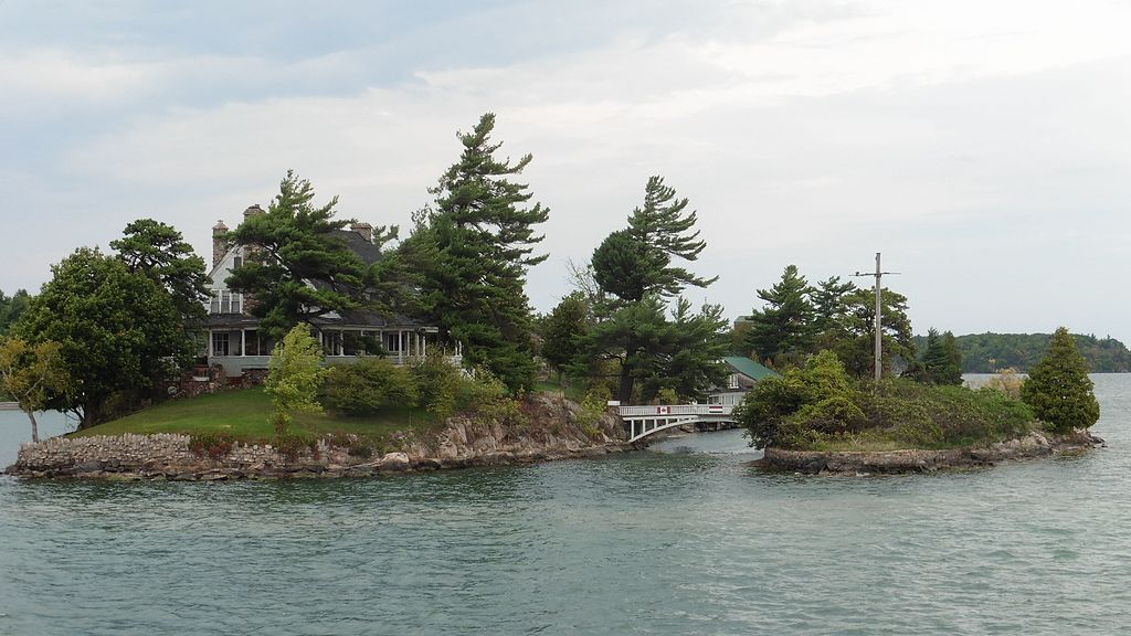 Zavikon Island, among the 1000 Islands in Ontario | © remundo / WikiCommons
