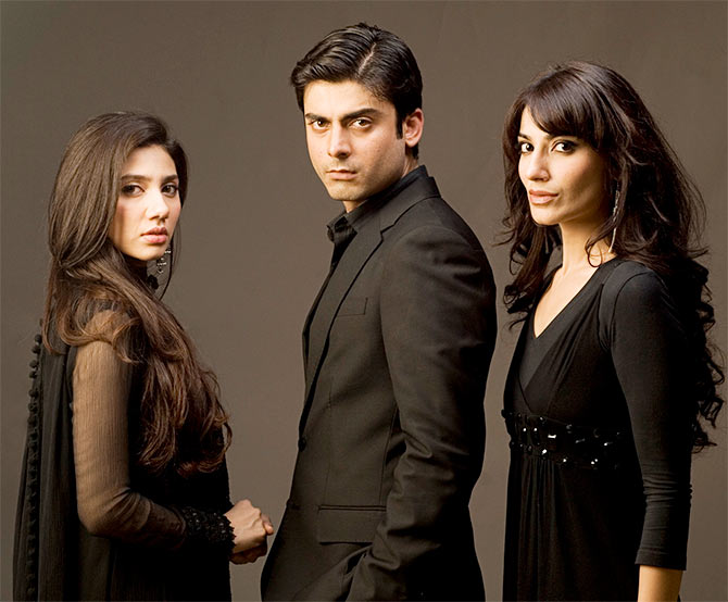 Mahira Khan, Fawad Khan and Naveen Waqar in 'Humsafar'. | © MD Productions