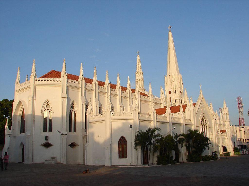 Santhome Basilica, Chennai   © Indyblue / WikiCommons