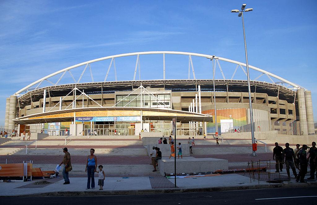 Estádio Olímpico Nilton Santos from the outside |© Wilsom Dias/Abr/WikiCommons