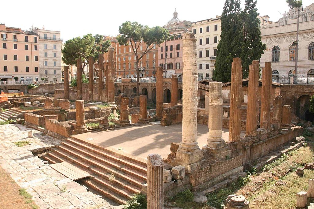 Largo Argentina ruins | © wikicommons https://commons.wikimedia.org/wiki/File:Largo_Argentina.JPG