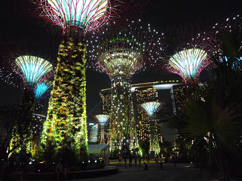 Supertree Grove at Gardens by the Bay | © tee_eric/WikiCommons